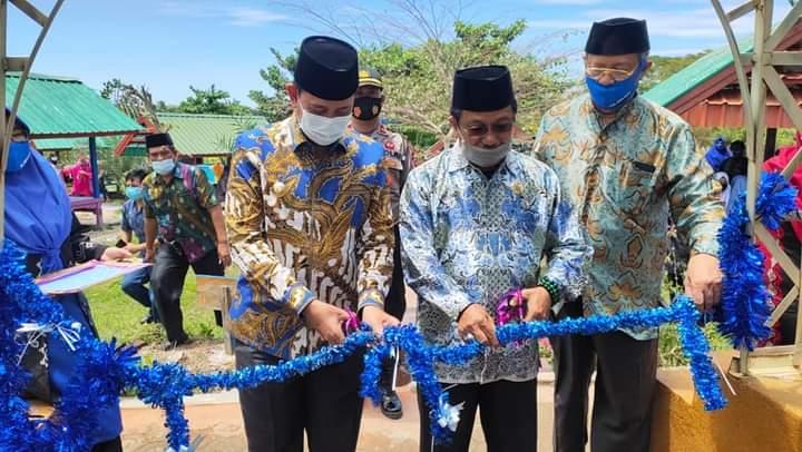 Peletakan Batu Pertama Pembangunan Replika Kabah di Telaga Biru oleh Bupati Wajo